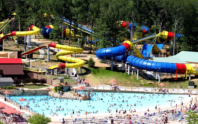 Holiday World and Splashin' Safari Mammoth