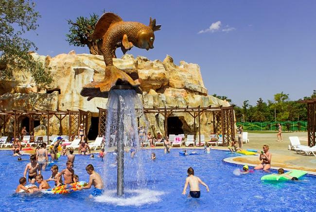 «Акваленд «У Лукоморья», бассейн с золотой рыбкой для детей