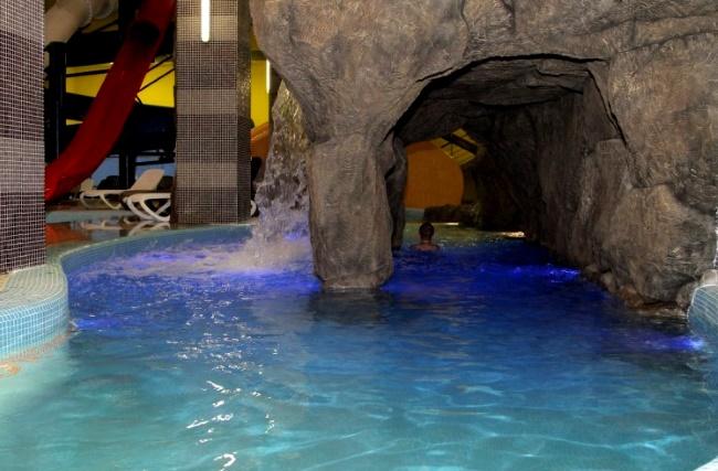 """аквапарк """"Б-Класс"""" в развлекательном центре в Серпухове"""