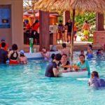 Water Park Ramayana бар в бассейне