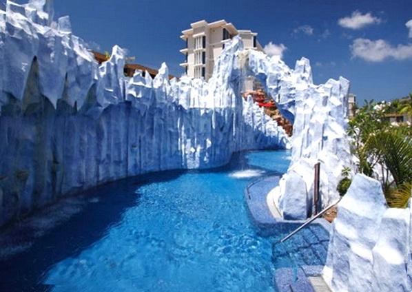 """Splash Jungle Water Park"""