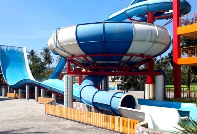 аквапарк на Пхукете в Тайланде