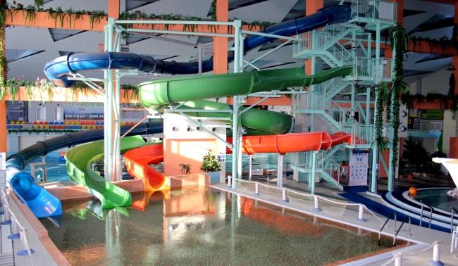 в Магнитогорске аквапарк «Водопад чудес»